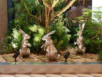 3羽のウサギです